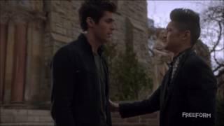 Malec 2x10 Alec tells Magnus he loves him