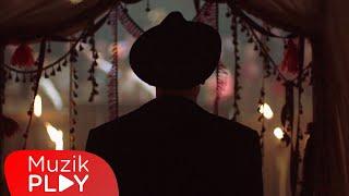 Can Bonomo - Bardak Taşıyor (Official Video)