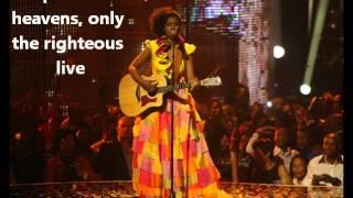 Zahara - loliwe (The train) English lyrics