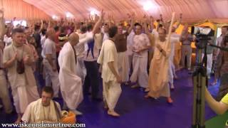 Kirtan by Gopal Krishna Goswami at Moscow, Russia on 05 08 2012