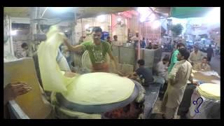 Rumali Roti | Street Food Of Karachi, Pakistan.