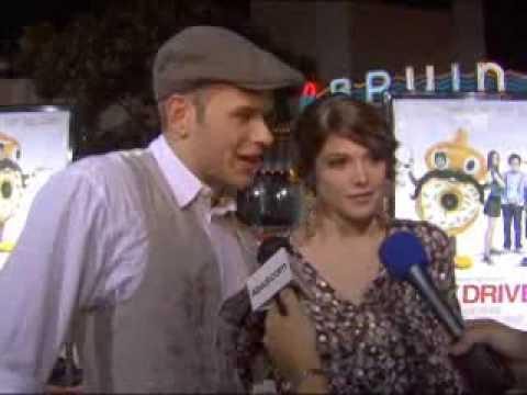 Ashley Greene & Kellan Lutz Interview - Sex Drive - LA Premiere