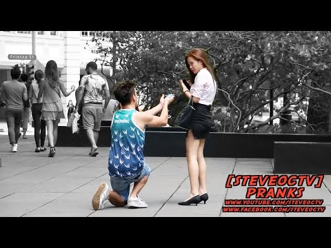 ASKING FOR SEX IN SINGAPORE PROPOSALS | SINGAPORE PRANK | MERLION CITY