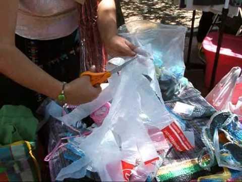 Reciclado de bolsas de plástico para tejido Ecotecnia 01