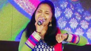 Latest Malayalam Stage Show 2016 | എത്ര കേട്ടാലും മതിവരില്ല ഈ ഗാനം ... .. | Best Song Perfomence