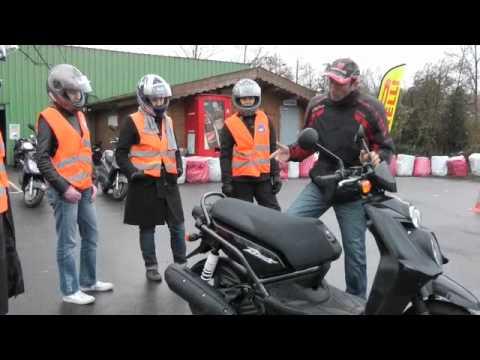 Formation à la conduite des 125 scooters motos et MP3 LT Les fondamentaux