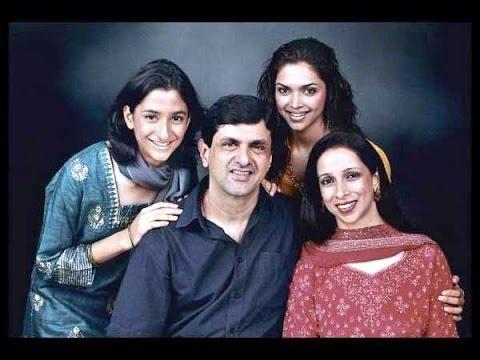 Deepika Padukone with Family Members