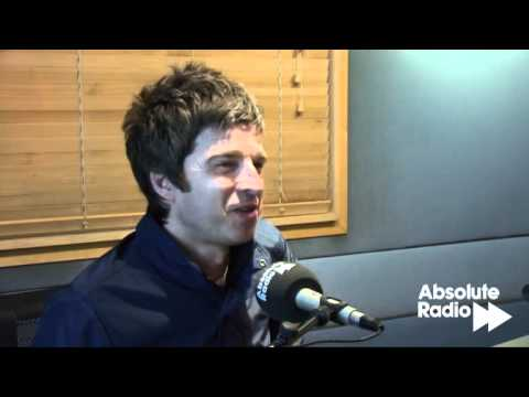 Noel Gallagher talks to Ian Wright about music and football