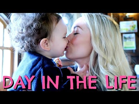BABY'S FIRST KISS  |  FAMILY DAY IN THE LIFE   |  EMILY NORRIS