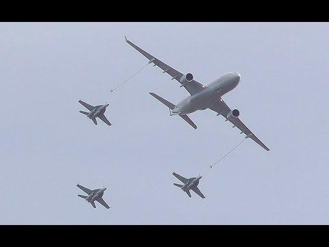 KC30 & Super Hornets F/A-18F Take off
