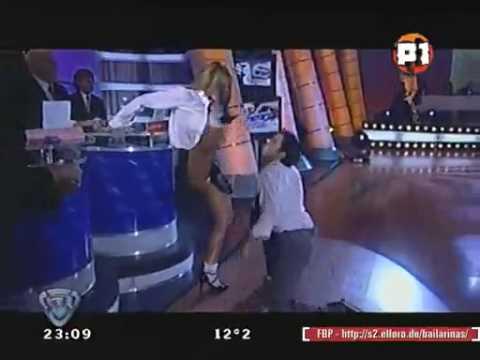 Jesica Cirio Sexy Striptease Video
