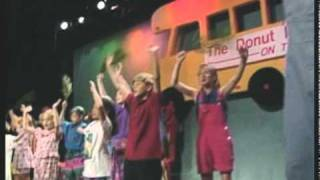 Shout Hosanna from the 'On Tour' DVD on Donutman.com - Rob Evans is The Donut Man