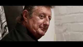 Eric Bristow -  3 In A Bed - Harrows Darts Advert
