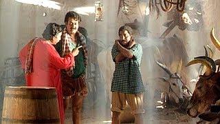 അതിനുള്ള ശിക്ഷ ഇതുകഴിഞ്ഞിട്ടു പറയാം | Mohanlal , Nedumudi Venu , Sreenivasan - Thenmavin Kombath