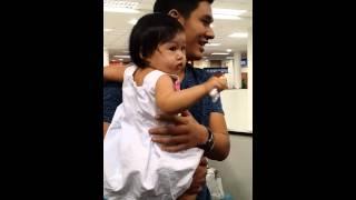 Om Akapan & Baby lovely  @Chiang Mai Airport 30.11.13