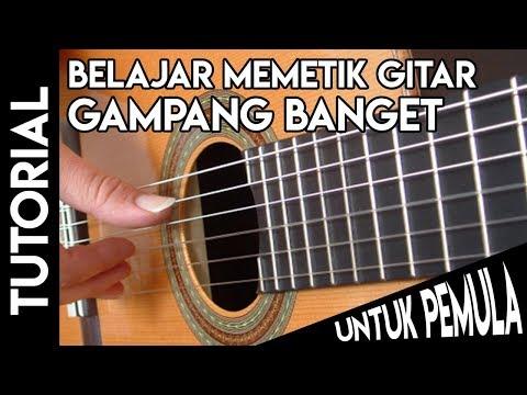 Cara Memetik Gitar Untuk Pemula