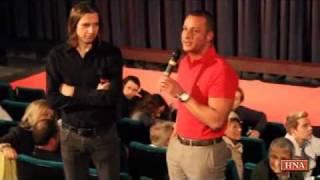 Mehmet Göker steht Rede und Antwort - Nach Vorführung des Göker-Films im Kino