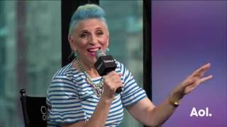 "Lisa Lampanelli On Her Off-Broadway Play, ""Stuffed"" 