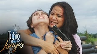 Tubig at Langis: Irene tries to escape from Clara