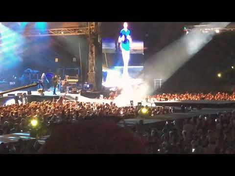 Luke Bryan - Sunrise, Sunburn, Sunset - 622018 at MetLife Stadium
