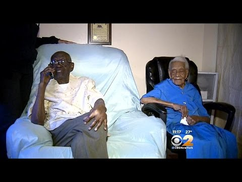 New York's Oldest Married Couple Celebrates With Joint Birthday Party