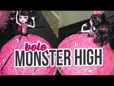 Bolo da Monster High Brincando de Ana Maria