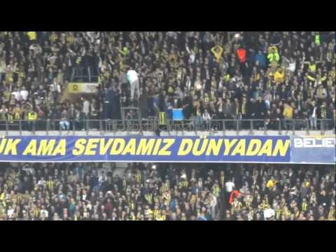 Fenerbahçeli oyuncuların anons anı stad atmosferi..