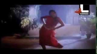 Rambha Hot Navel Masala rain wet saree song