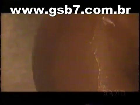 Tiazinha tomando banho peladinha Band 1999