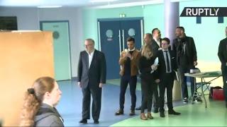 La candidate du FN Marine le Pen a voté à Hénin-Beaumont