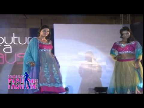 Erotic Models In Short Choli & Long Ghagra