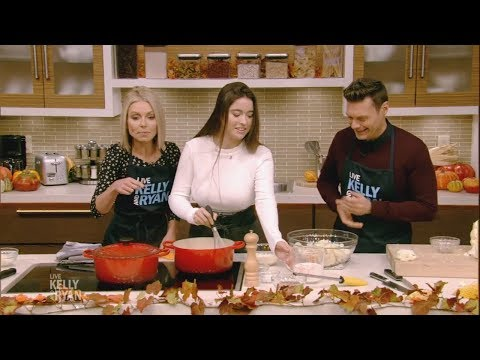 Kelly and Her Daughter Lola Make Cauliflower Gratin