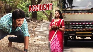 (video) Devyani To Meet With An Accident & Ekka Saves Her | On Location | Star Pravah Serial