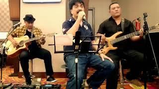 Beegees-Massachusetts (Cover Borneo Akustik dan Johan Untung)