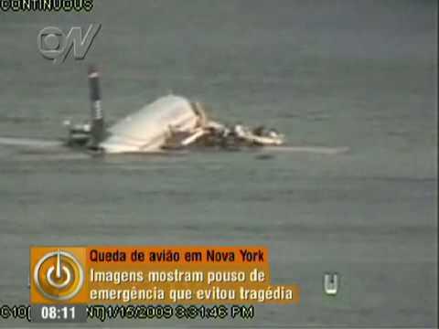 Vídeo mostra pouso de emergência de avião no Rio Hudson em Nova York 2009