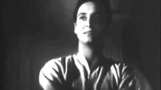Ustad Amir Khan and Pratima Banerjee in film Kshudhita Pashan.wmv