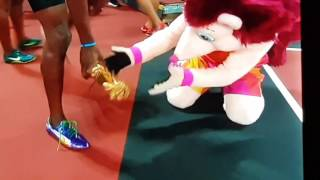 Usain Bolt Smelly feet - Hero the Hedgehog BBC World Athletics championships 2017 Iaaf mascot