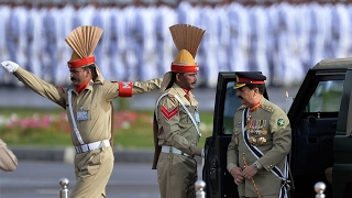 Pakistan Armed Forces the best in the world | Amazing parade