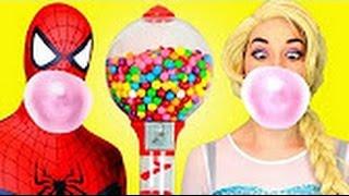 La Reine des neiges et Spiderman contre Le Joker! Spidergirl rose Anna & Batman! Superhero en vrai