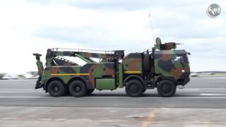 French army military parade Bastille Day 2016 New combat vehicles trucks défilé militaire 14 juillet