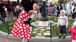 Minnie Mouse Meets Rylee.mp4