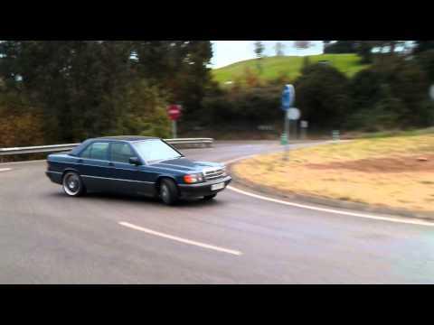 Mercedes 190 drift