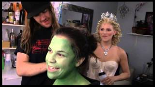 """Fly Girl: Backstage at """"Wicked"""" with Lindsay Mendez, Episode 1: 'Greenifying' with the Fam"""