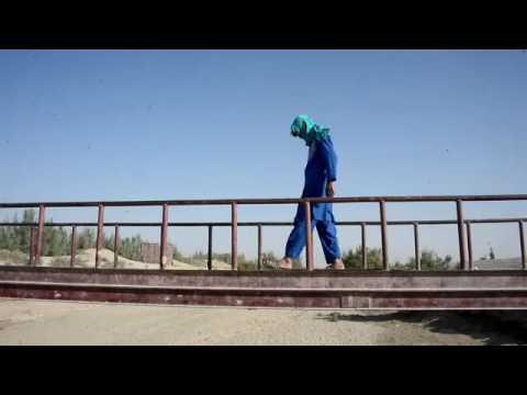 아프가니스탄, 어린 성노예 소년의 비참한 하루 Hopeless Afghan struggle to save boy sex slaves