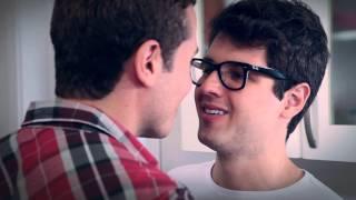 Beijo Gay - Série de TV Força de Elite