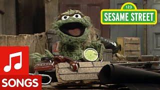 Sesame Street: I Love Trash
