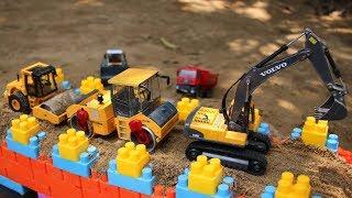 รถของเล่นก่อสร้างทำถนนบนสะพาน ตัวต่อบล็อคของเล่น | รถดั้ม รถบดถนน รถขุดดิน
