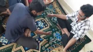 বন্ধুদের সাথে মজার একটি খেলা। কে কে খেলেছেন ছোটবেলায় ? | - Funny Video !!! :)