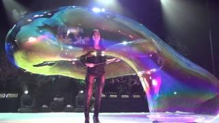 Melody Yang Gazillion Bubble Show