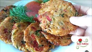 أقراص بطاطس مقرمشة شهية بالجبن و الفلفل المشوي سهلة و سريعة التحضير